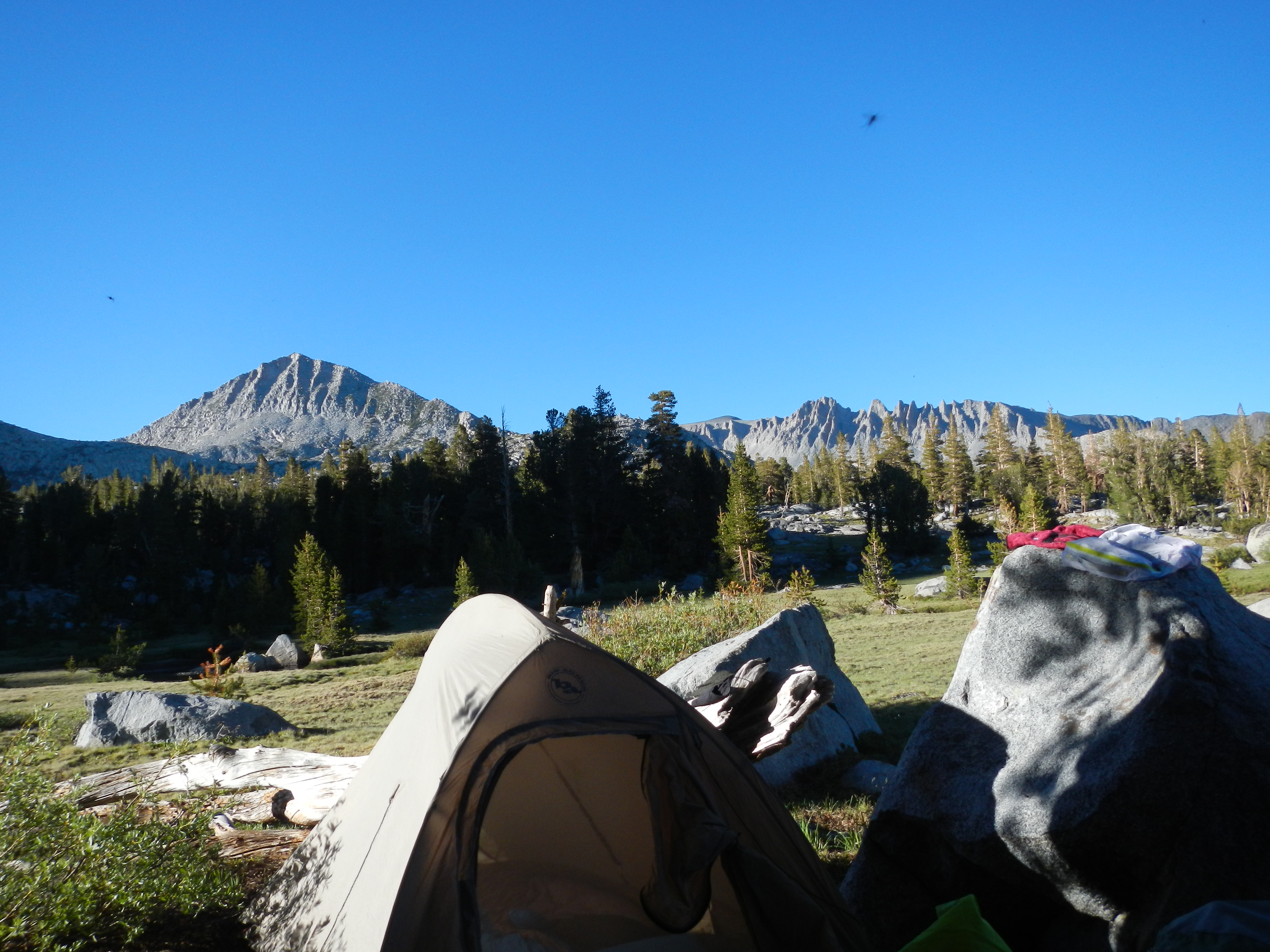 First night's campsite, just below Donahue Pass